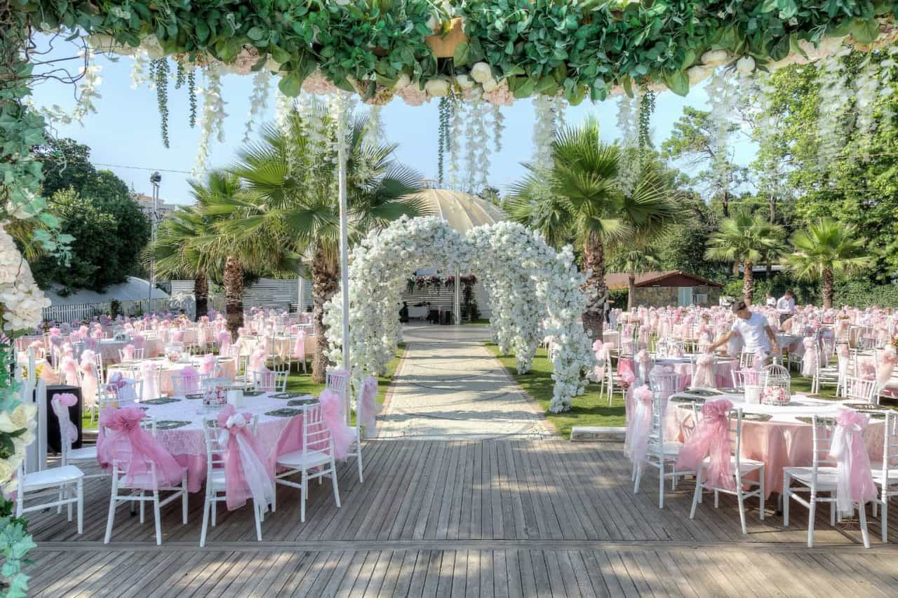 baler garden kır düğünü avcılar istanbul düğün mekanları
