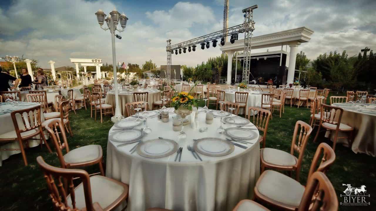 Biyer Even Hall - İzmir Kır Düğünü Fiyatları