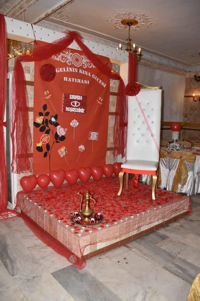 Taş Konak - Bayraklı Kına ve Düğün Salonları