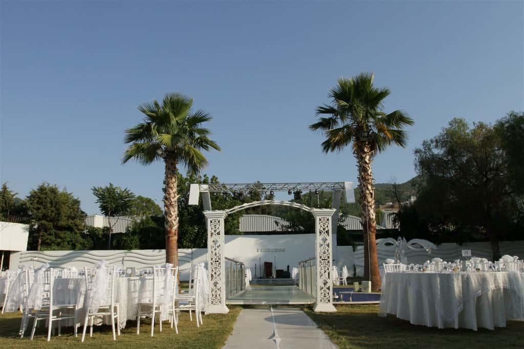 Prenses Garden İnciraltı Kır Düğünü Fiyatları