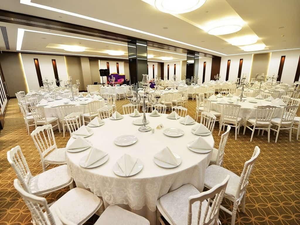 Mac Hotel Vazo Kule Maltepe Otelde Düğün Fiyatları