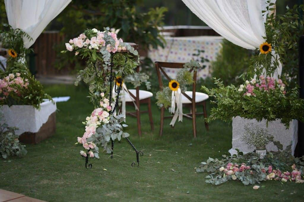 Keyfizade Butik Kır Bahçesi Çiçekliköy