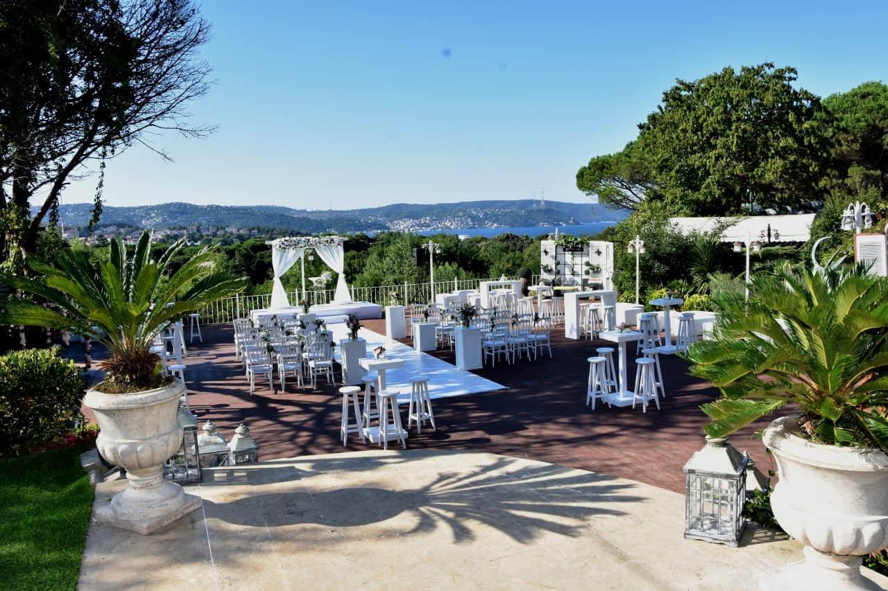 Secret Garden Sarıyer Kır Düğünü Fiyatları