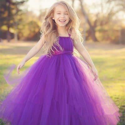 698ff96c44efc Demiştik ya kız çocuk gelinlik modelleri diyince akla abiye kıyafetler  gelir, abiyeler arasında da özellikle uzun boylu kızlarımız için garson  abiye ...