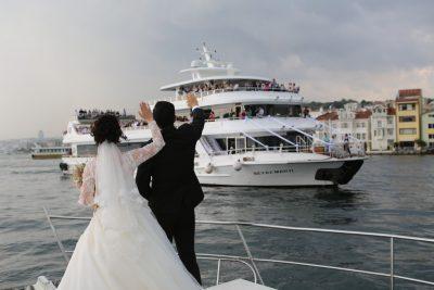 Beyaz martı Davet Gemisi Sarıyer Teknede Düğün Fiyatları
