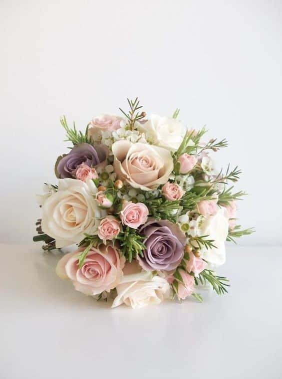 c67775716784a En çok tercih edilen gelin çiçeği modellerinden olan yapay gelin çiçeği de  en az canlı çiçek modelleri kadar güzeller. Fiyat olarak tabi ki canlı  çiçekle ...