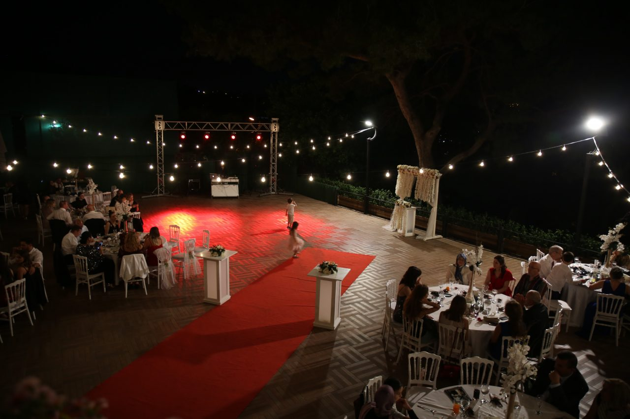 Çamlık Garden Sarıyer Kır Düğünü Fiyatları