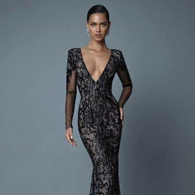 6c5bb50bb848e Yılbaşı gecesi giyebileceğiniz abiyeleri ve kombinleri belirlemek için  vücut tipinizi iyi bilmeniz gerekir. Aynı zamanda elbisenizi  kombinleyeceğiniz ...