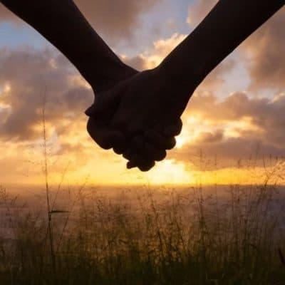 Nişanlı ya da Evli Çiftlere Sevgililer Günü Kutlama Fikirleri