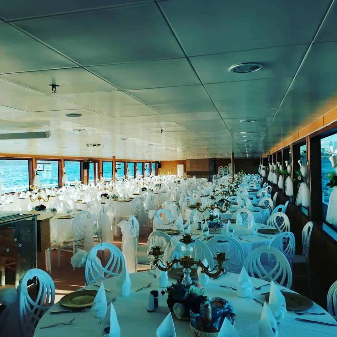 Eftelya Tekne Turu Organizasyon Beşiktaş Teknede Düğün Fiyatları