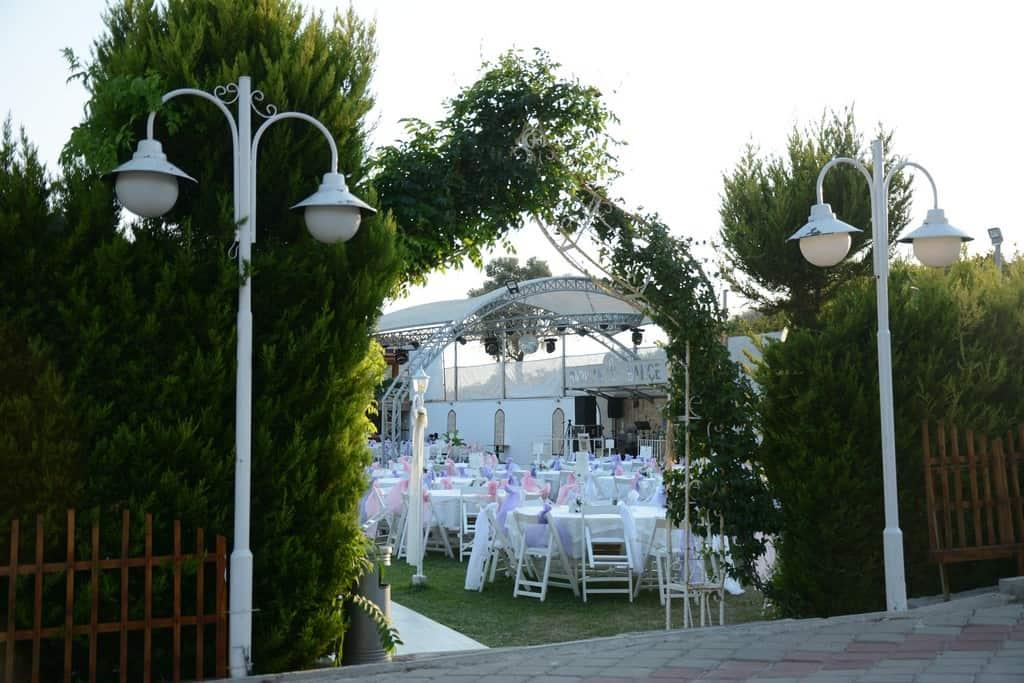 Barınak Bahçe Buca Düğün Fiyatları