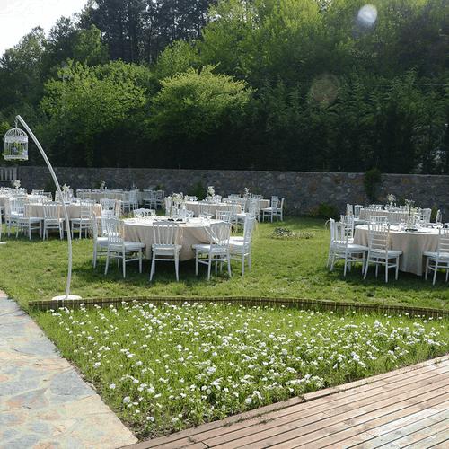 La-Fontaine-Garden-(7)