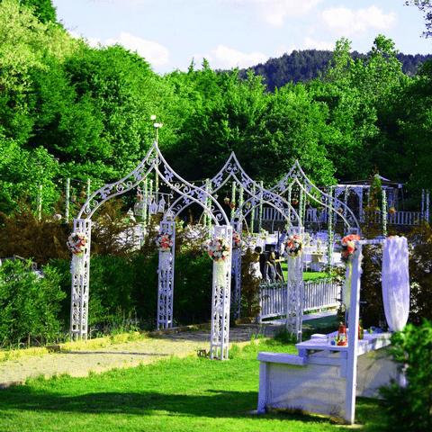 La-Fontaine-Garden-(5)