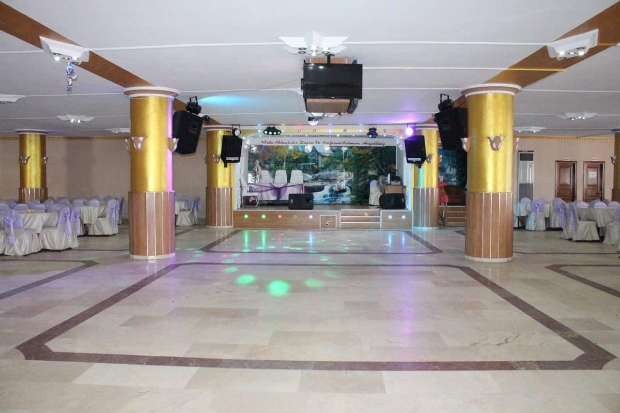 Akkuşlar-Düğün-Salonu-(4)
