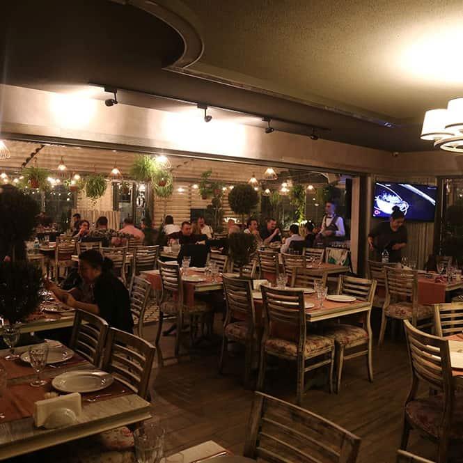 Behzat-Restaurant(4)