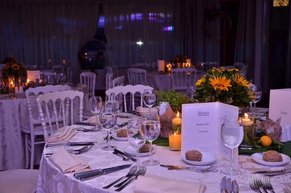 Divan Fenerbahçe Faruk Ilgaz Tesisleri kadıköy Düğün Fiyatları