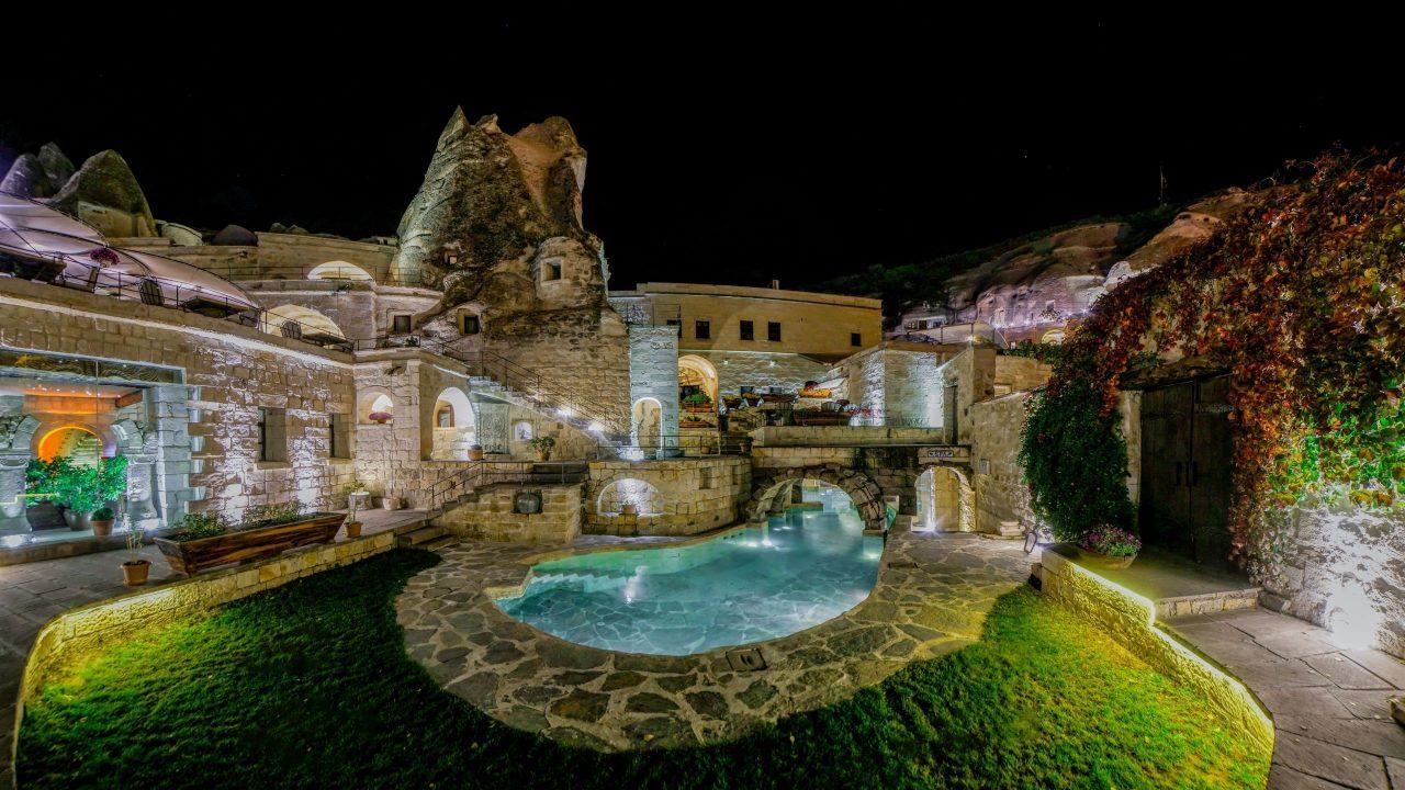anatolian-houses-cave-hotel (6)