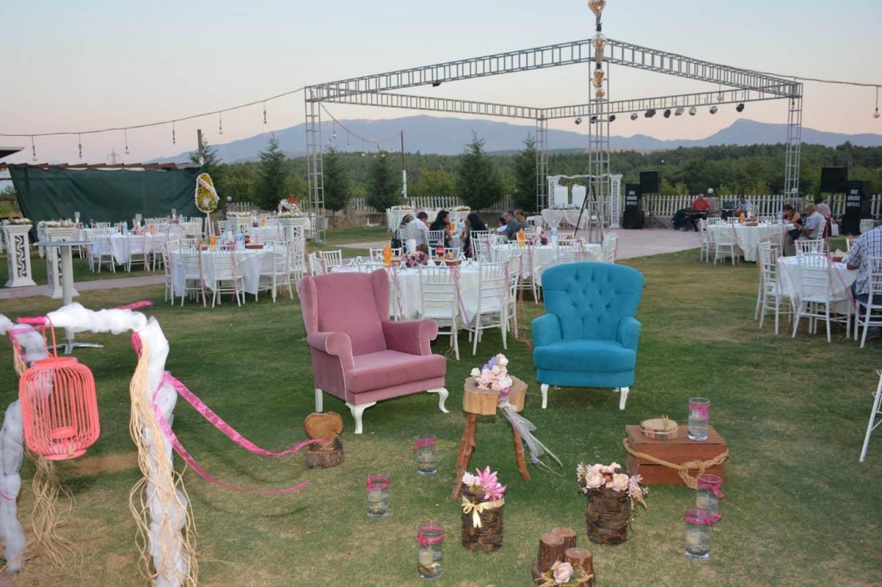 Özseren Kır Düğün Salonu Çiçekliköy Düğün Fiyatları